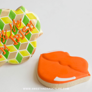 Decorated Sugar Cookie Ideas for St. Patrick's Day! Kiss Me I'm Irish and Orange Lips Cookie