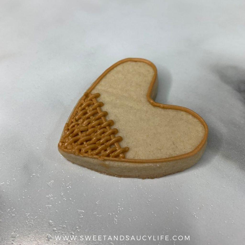 Decorated Cookie Basketweave Technique